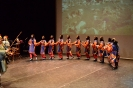 Κατάφεραν να ζουν, να χορεύουν και να τραγουδούν 9-11-2015